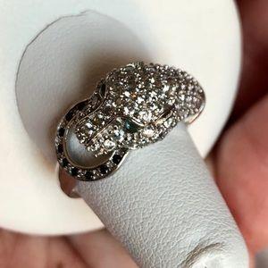 Jewelry - Swirsky crystal Leopard head statement ring